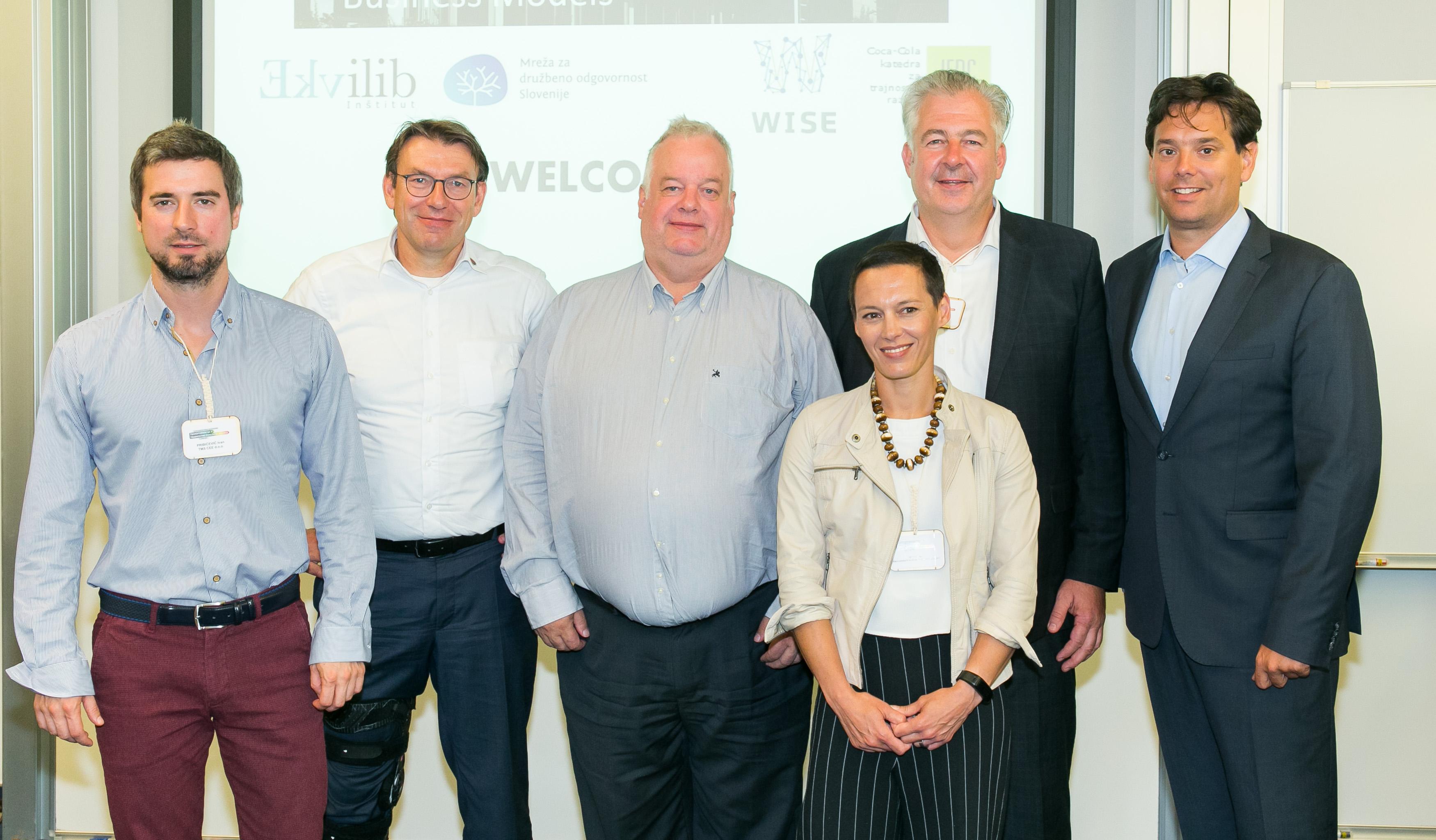 Govorci na konferenci so bili strokovnjaki iz organizacij na področju naprednih poslovnih modelov_