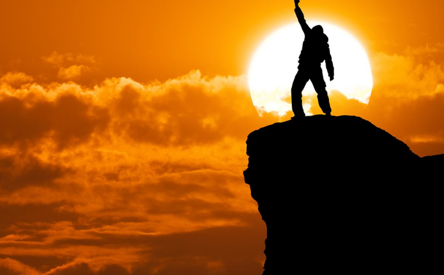 Success and Failure of Leadership